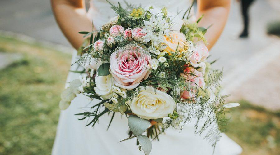 bouquet de mariée, fleuriste à Ruy et Bourgoin